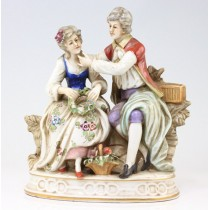 "statueta din portelan "" Romantique Renaissance "" Sitzendorf - Thuringia. Germania  cca 1920"