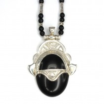 Colier cu amuletă tuaregă Issaran | argint & onix negru | Niger