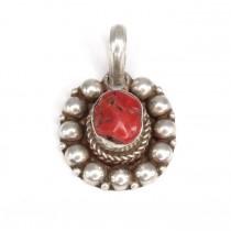 Amuletă din argint cu anturaj de coral antic natural | Maroc