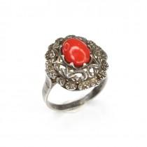 Elegant inel cu anturaj de coral rosu de Sardinia | manufactura veche | Italia