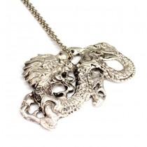 Colier cu veche și opulentă amuletă chinezească | Dragon - Qīnglóng | argint | cca.1900