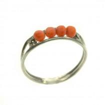 Rafinat inel modernist din argint decorat cu anturaje de coral roșu șlefuit cabochon   cca. 1950   Italia