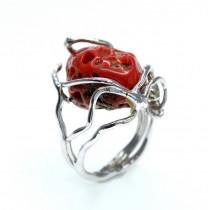 Opulent inel statement contemporary decorat cu anturaj de coral antic natural | manufactură în argint rodiat | Italia