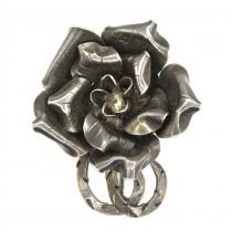 Broșă Art Nouveau elegant stilizată sub forma unei flori de trandafir | manufactură în argint | cca. 1910 | Franța