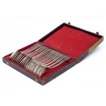 Serviciu de tacâmuri din argint masiv, în stil Empire, format din 24 de piese | furculițe și linguri | atelier Delheid Frères | sec. XIX | Belgia
