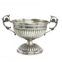 Bol din argint pentru delicatese stilizat sub forma unei cupe neoclasice |  Suedia |  cca.1950