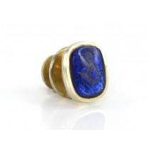 Pin decorat cu simboluri masonice gravate în sticlă dicroică  | Blue Lodge |  oțel  placat cu aur galben & sticlă   Statele Unite  cca. 1960