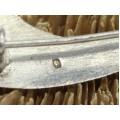 Veche broșă islamică stilizată sub forma unui iatagan Scimitar | Allah | manufactură în argint | anii 1940 Tunisia