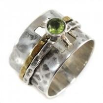 Inedit inel cinetic decorat cu peridot natural | manufactură în argint & alamă martelată | Statele Unite