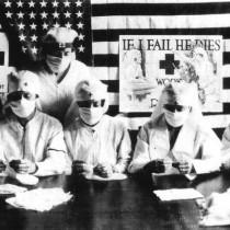 ℹ️ Voluntari luptând împotriva pandemiei de gripă spaniolă, Statele Unite, 1918