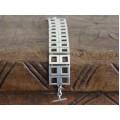 Brățară statement din argint stilizată în manieră cubistă | Studio Art Jewelry | Mexic cca. 1980