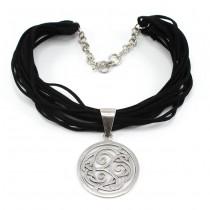 Colier statement modernist accesorizat cu o amuletă celtică Triskelion | argint & piele năbuc | atelier Silpada