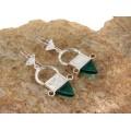 Cercei etnici tuaregi accesorizați cu amulete Ingall | argint & sticlă verde | Niger