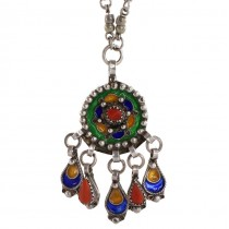 Vechi colier etnic Kabyle din argint emailat, decorat cu anturaje de coral natural | Algeria