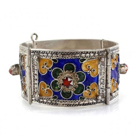 Veche brățară berberă Kabyle din argint emailat decorat cu anturaje de coral natural | prima jumătate a secolului XX