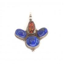 Impresionantă amuletă Garuda manufacturată în argint decorat cu  lapis afgan și chihlimbar natural | India