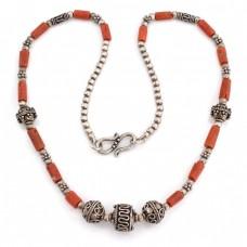 Vechi colier etnic indian decorat cu anturaje de coral roșu natural | manufactură în argint | Rajasthan cca.1950