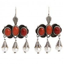 Opulenți cercei etnici indieni decorați cu anturaje de coral și perle naturale | manufactură în argint