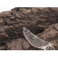 Elegantă brățară indiană manufacturată în argint filigranat și decorată cu turcoaz natural
