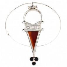 Spectaculos colier choker decorat cu amuletă tuaregă Tanfouk | manufactură în argint, carneol & abanos | colecția Ancient Symbols 2020