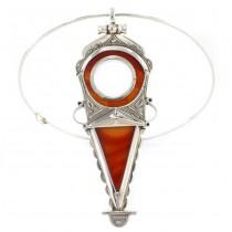 Colier choker decorat cu o spectaculoasă amuletă tuaregă | manufactură unicat în argint & carneol | colecția Ancient Symbols 2020