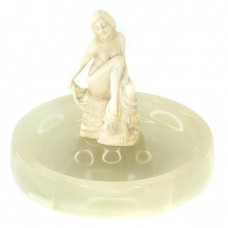 Vide-poche sculptat în onix și fildeș natural | lucrare atribuită atelierului Ferdinand Preiss | Germania cca. 1920 -1930