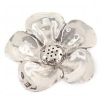 Solniță din argint inedit stilizată sub forma unei flori de margaretă | atelier Brandimarte Guscelli | cca. 1960 -1980