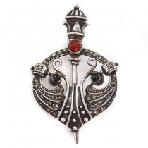 Broșă - pandant Celtic Revival | argint, carneol, onix & marcasite | Italia | anii '80