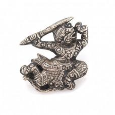 Veche broșă thailandeză stilizată sub forma unui dansator Khon | Hanuman | prima jumătate a secolului XX