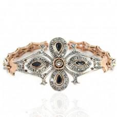 Brățară Art Deco abundent decorată cu diamante, safire și rubine   manufactură în aur roz și argint   cca.1920
