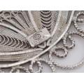 Impresionanți cercei statement manufacturați în argint filigranat | Italia post-1969