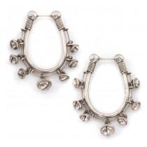 Inediți cercei etnici indieni accesorizați cu elemente clinchet | manufactură în argint | India cca, 1950 - 1960