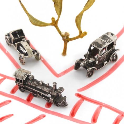 Miniaturi mașini de epocă și locomotivă din argint   Italia