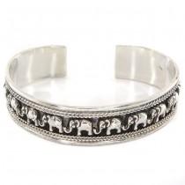 Brățară etnică balineză decorată cu elefanți porte-bonheur | manufactură în argint | Indonezia