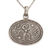 Colier accesorizat cu amuletă hindusă | manufactură în argint | Garuda | India