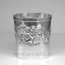 pahar din argint sterling. 100 ml. atelier Brandimarte. cca 1960 Italia