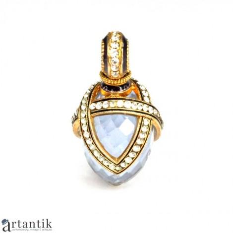 "Pandant stil Fabergé decorat cu un superb cuarț bleu ""aqua aura"" | argint | Rusia"